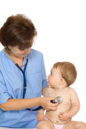 nurse practitioner with patient. Duties of a Nurse Practitioner